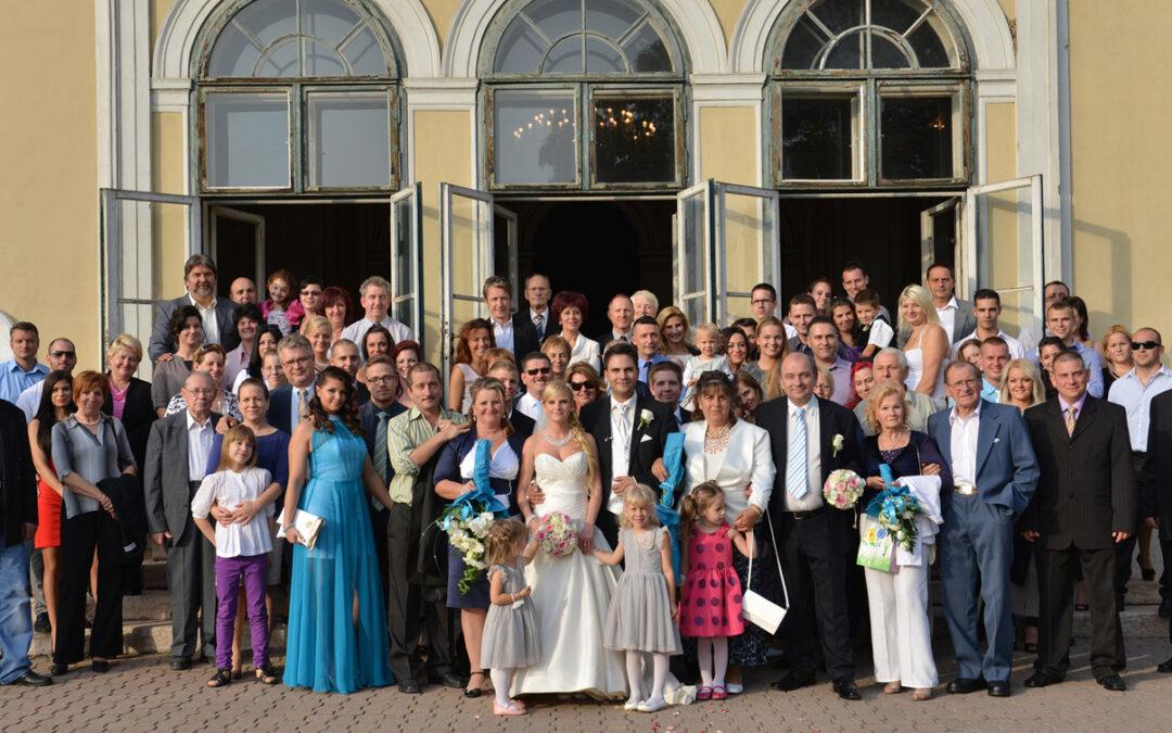 Esküvőfotózás csoportkép nélkül? Lehetetlen!