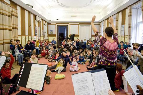 Komolyzene gyerekeknek a MÁV Szimfónikusoktól – március